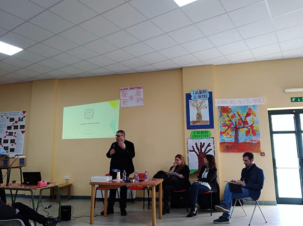 Simone ferrari laic for Societa italiana di criminologia